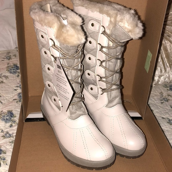 639e0acbb303 snow princess NEW Totes Gemma winter boots size 6